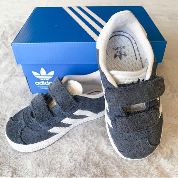 Adidas Toddler Gazelle Velcro Sneaker Navy Size 6